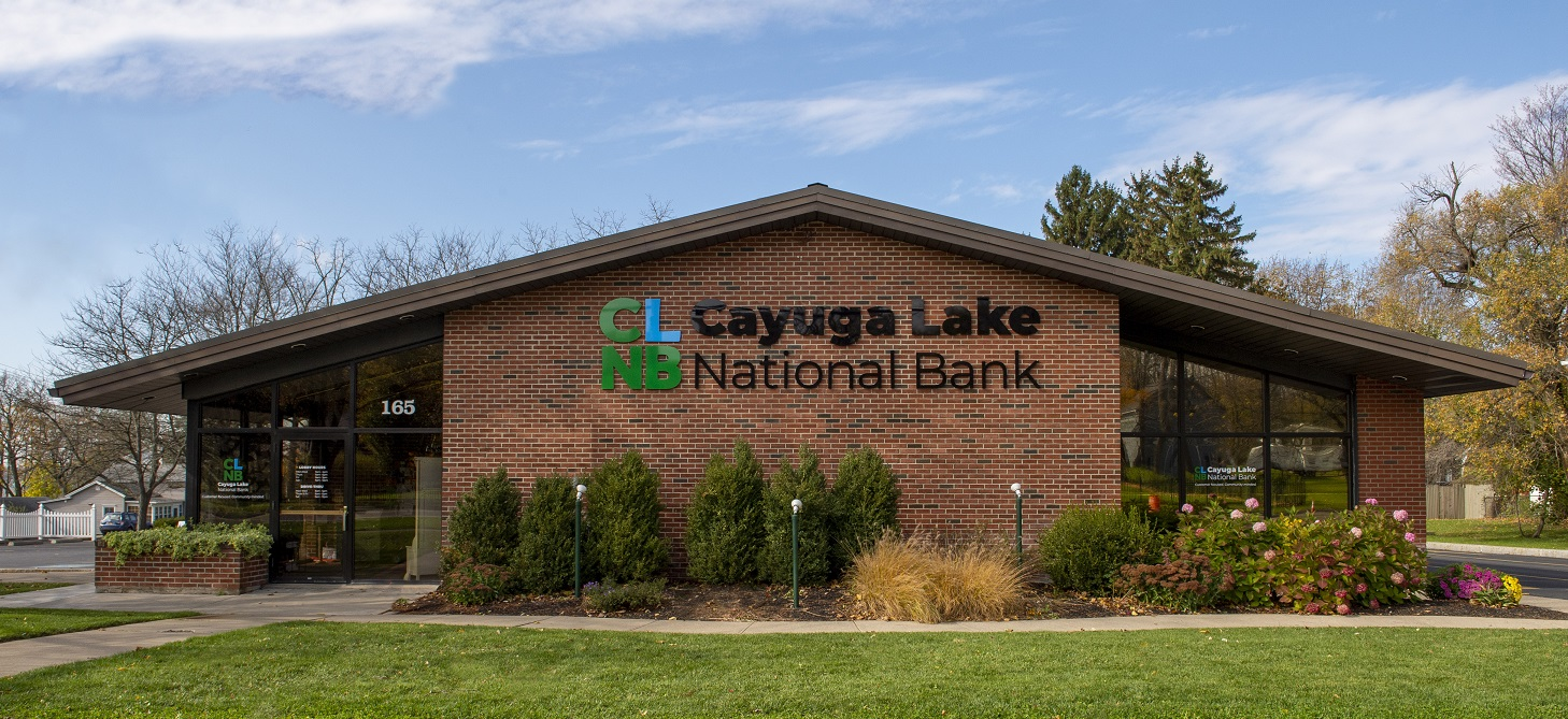 Cayuga Lake National Bank exterior photo